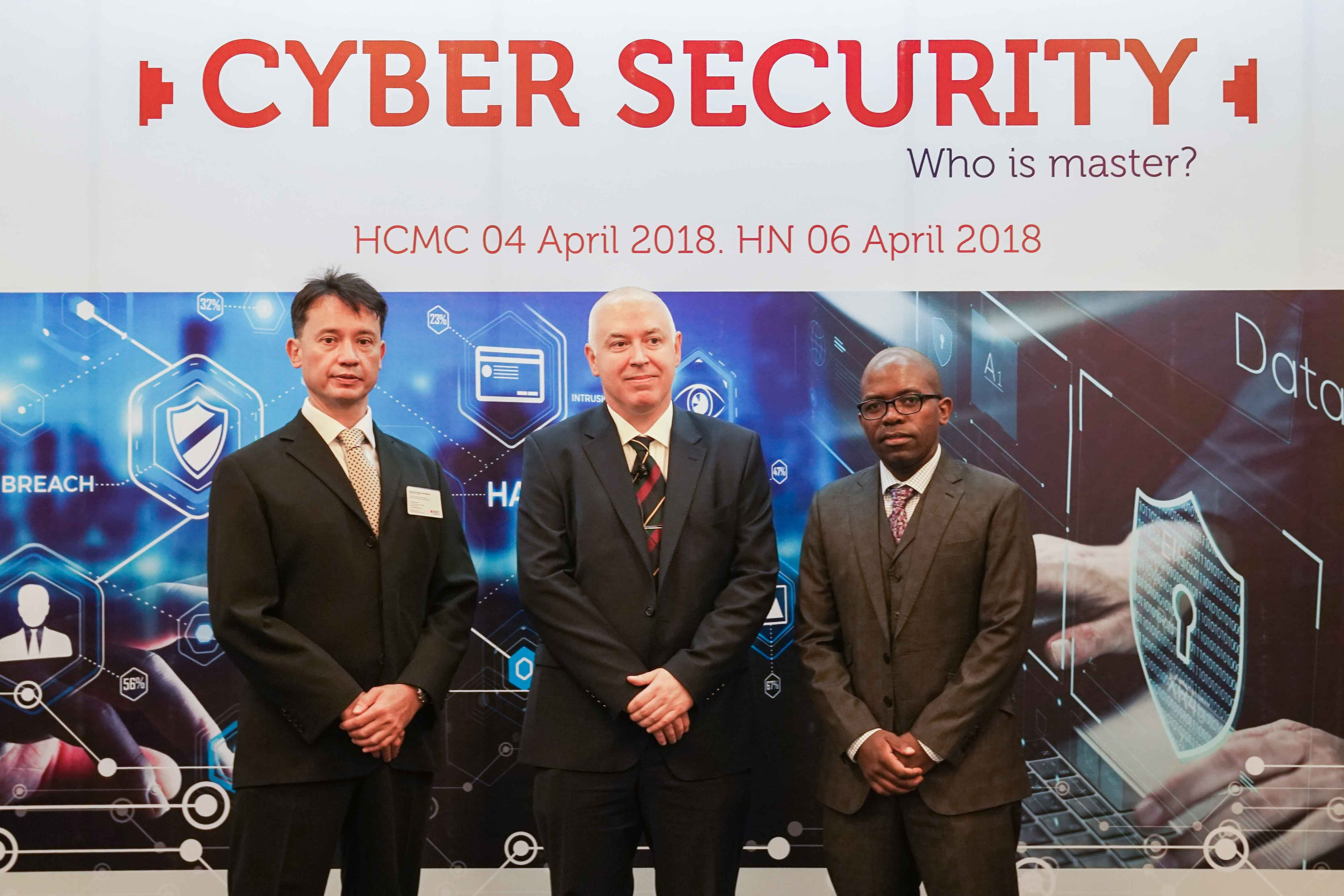(From left to right) Associate Professor Jerry Watkins (RMIT Vietnam Director of the Centre of Digital Excellence), Professor Matthew Warren (Deputy Director of the Centre for Cyber Security Research, Deakin University), and Associate Professor Mathews Nkhoma (Head of the School of Business & Management, RMIT Vietnam) at the symposia Cyber Security: Who is master?